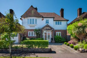 Hayes Hill, BR2 - £1,100,000