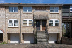 Saville Row, BR2 - £365,000